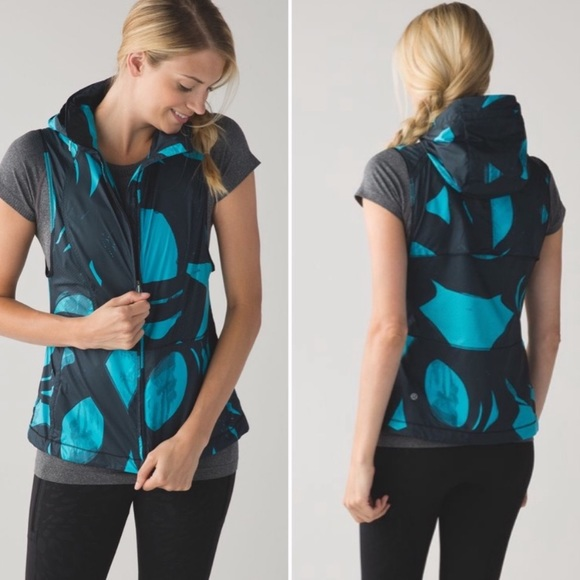 "lululemon athletica Jackets & Blazers - Lululemon   Spin Stroke Peacock ""Pack-It Vest"" 4"